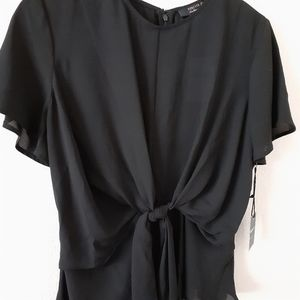 F21 Contemporary  Tie Front Flowy Sleeve Top
